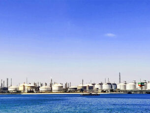 oil-storage-tank-5015840-kopieren