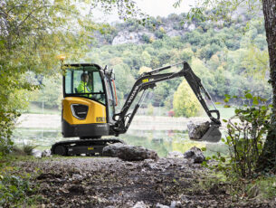 ECR25 Electric landscaping