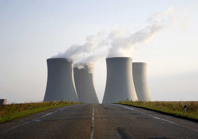 technology-environment-energy-current-risk-nuclear-1327190-pxhe